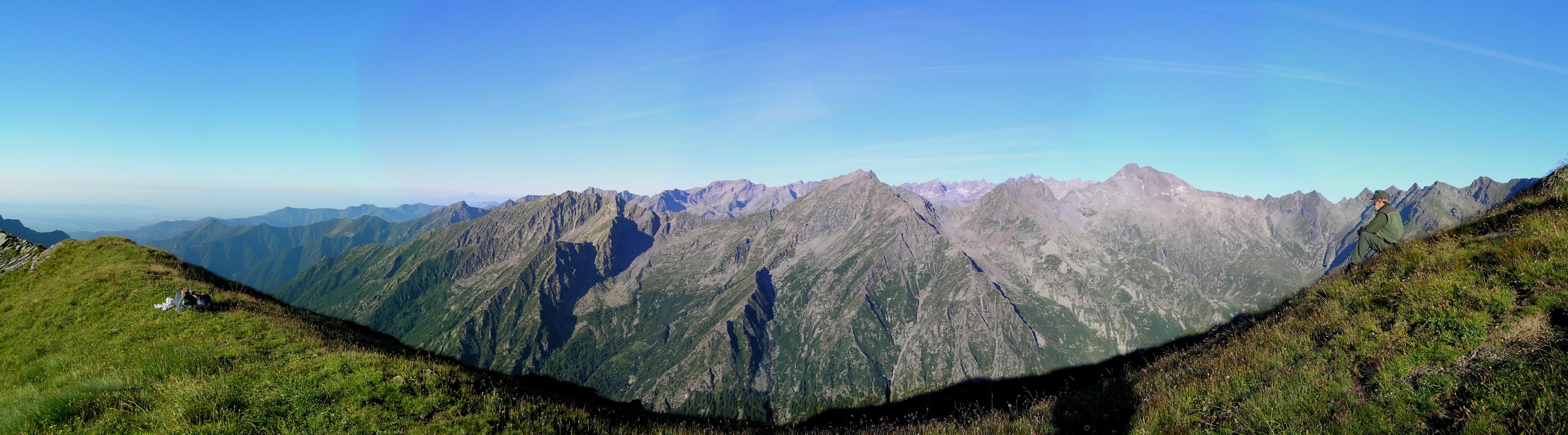 panorama sul gruppo del Gran Paradiso visto dal colle della Borra