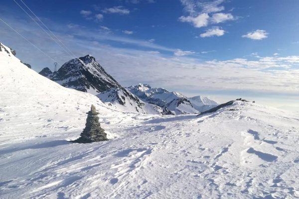 colle larissa sullo sfondo il monte nero e Monfandi al centro