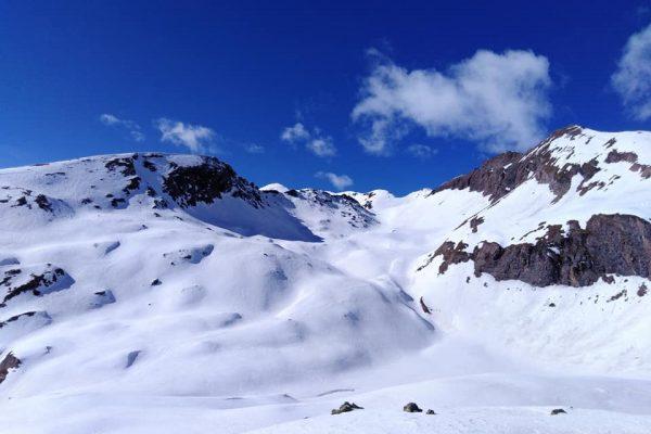 vallone che  conduce alla cima Beccher (al centro)